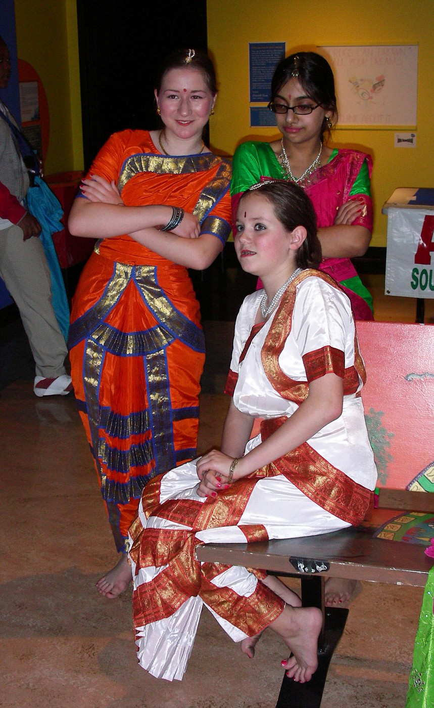 Before the performance at the Children's Museum (2006)