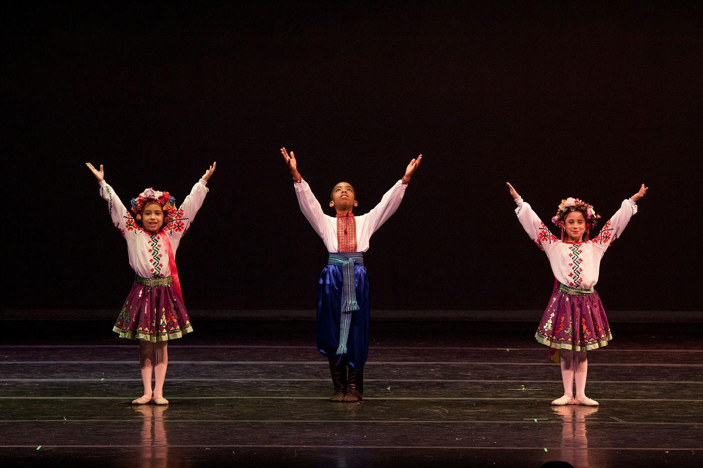 portrait-photography-children-ballet-20100617_0052.jpg