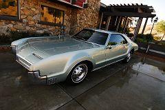 02 Oldsmobile Toronado