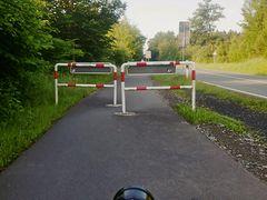 Radweg abgesperrt!