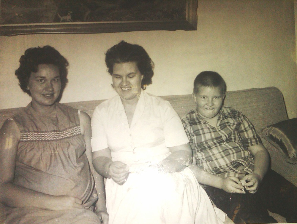 Zenith Lowe, and her sister Adene (LOWE) Austin, and Ted and Adean's son, Terry Michael Austin, about July 1966.