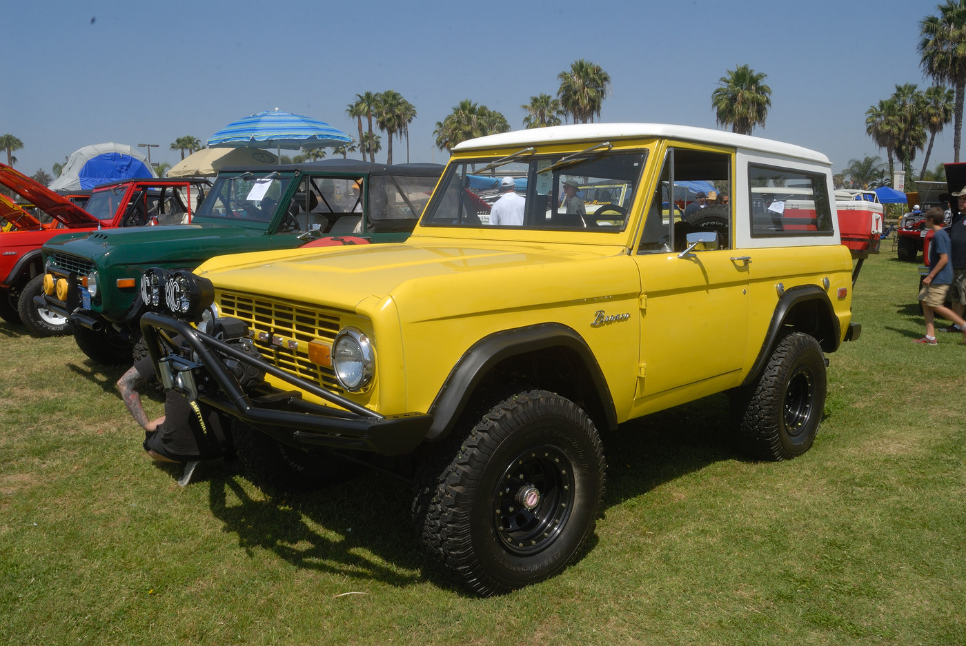 19XX Ford Bronco owned by Samantha and Cory Watt DSC 4918
