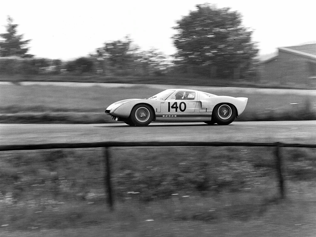 1964_Ford_GT4