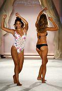Frankies Bikini SS16 Cam1 0160