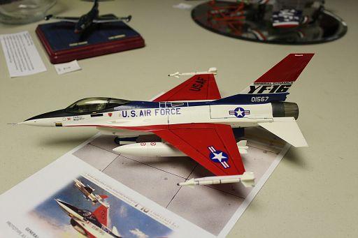 2-YF-16 Fighting Falcon MTurco 1