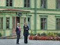 2011 08 20 12 Suzie and Carlos visit
