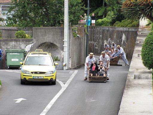 kto szybszy, taksówka czy tobogan?