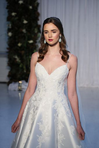 Anne Barge Bridal FW18 054